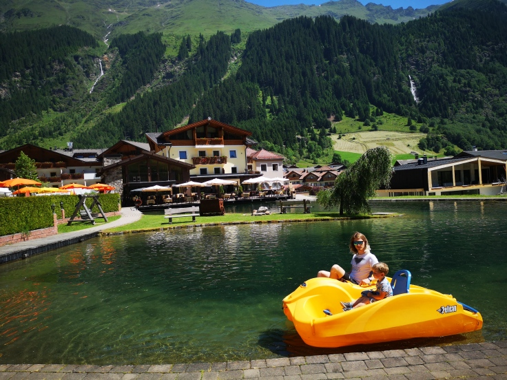 smacap_Bright